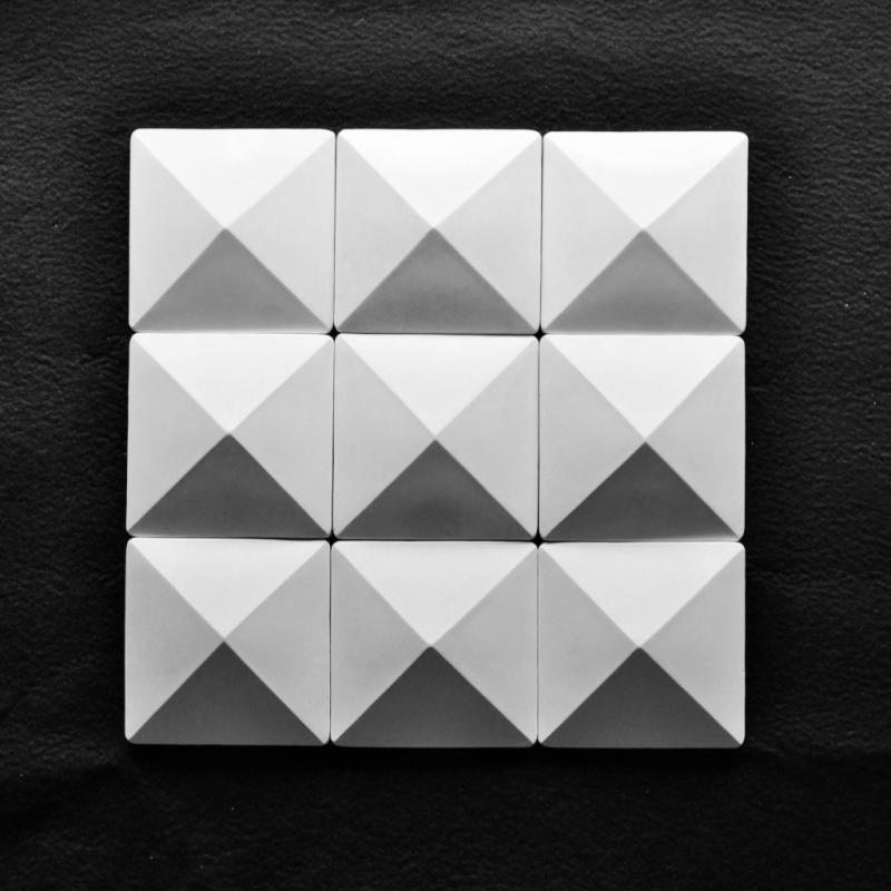 3fe59947-1d17-402a-ba45-8b8eb661271c_piramide