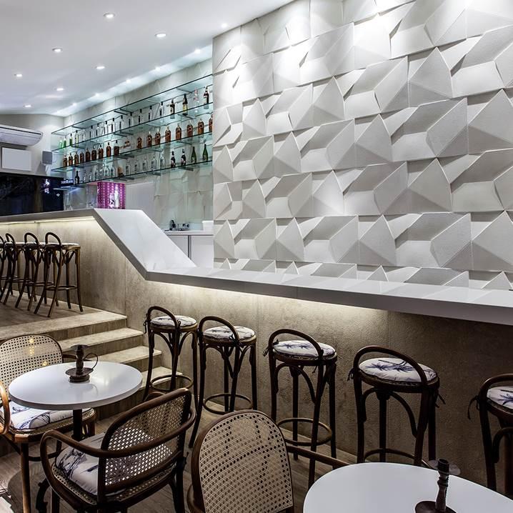 Cimentício-Castelatto-scaleno-grezzo-branco