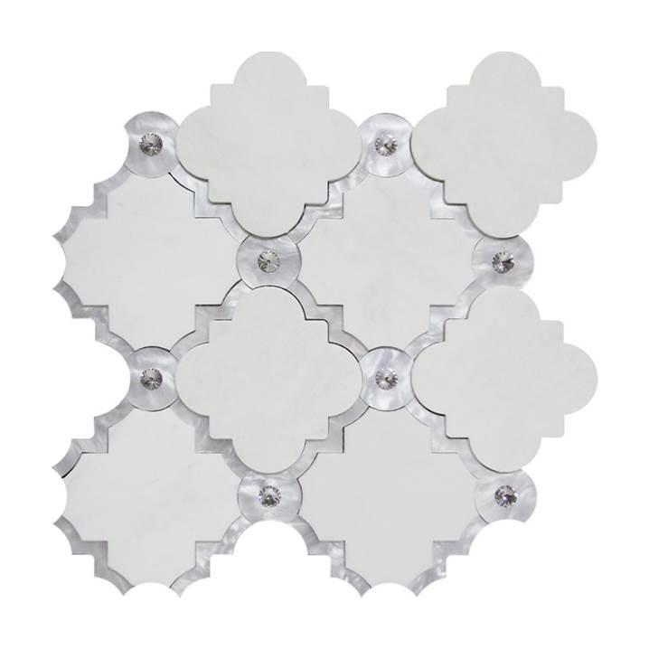 Mosaico-Tessela-Tassos-com-Acrílico-e-Cristais