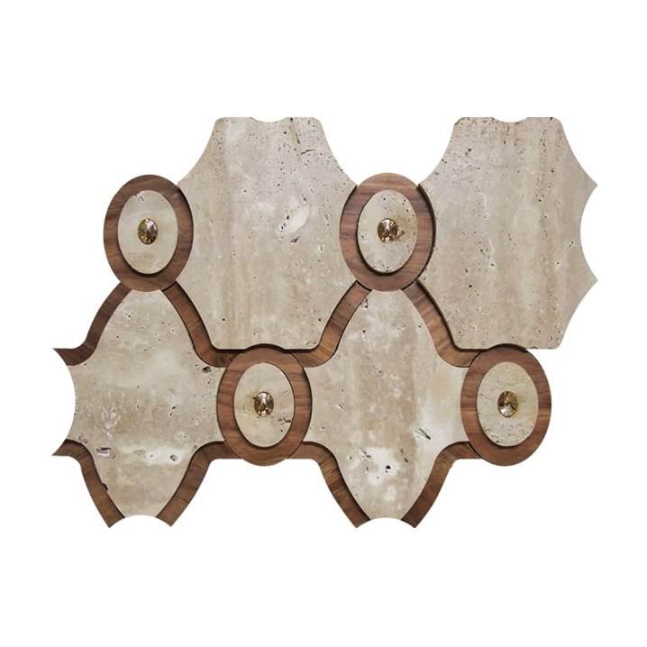 Mosaico-Tessela-Travertino-Bruto-com-Madeira-e-Cristais